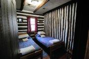 ładny pokój hotelowy