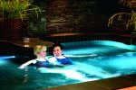 kobiety w basenie, SPA